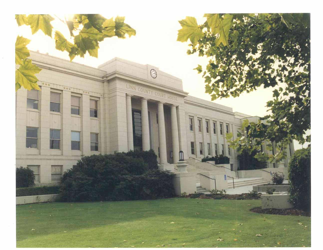 Linn County Courthouse