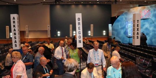Oregon Delegation at NACo Business Meeting2