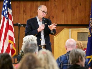 U.S. Rep. Greg Walden speaks during a town hall meeting in Klamath Falls. (Photo: Herald And News)