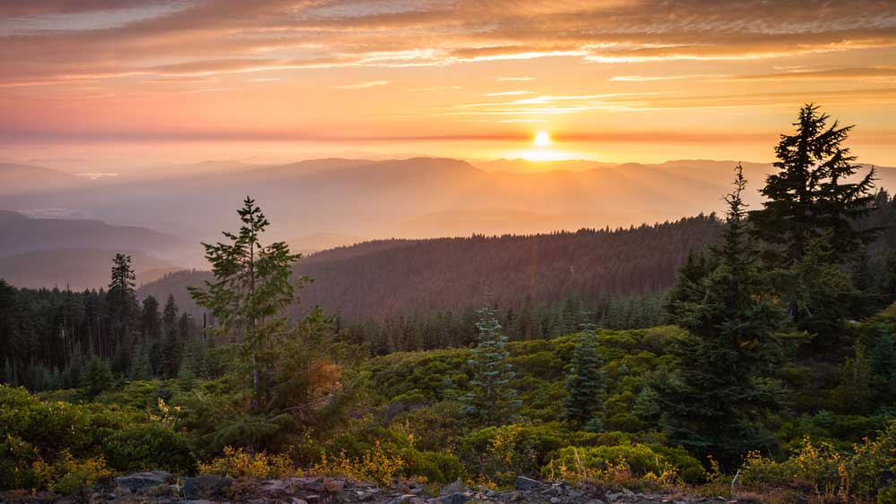 beautiful sunset from the top of Red Blanket Mountain in Oregon, some smoke in the air form forest fires
